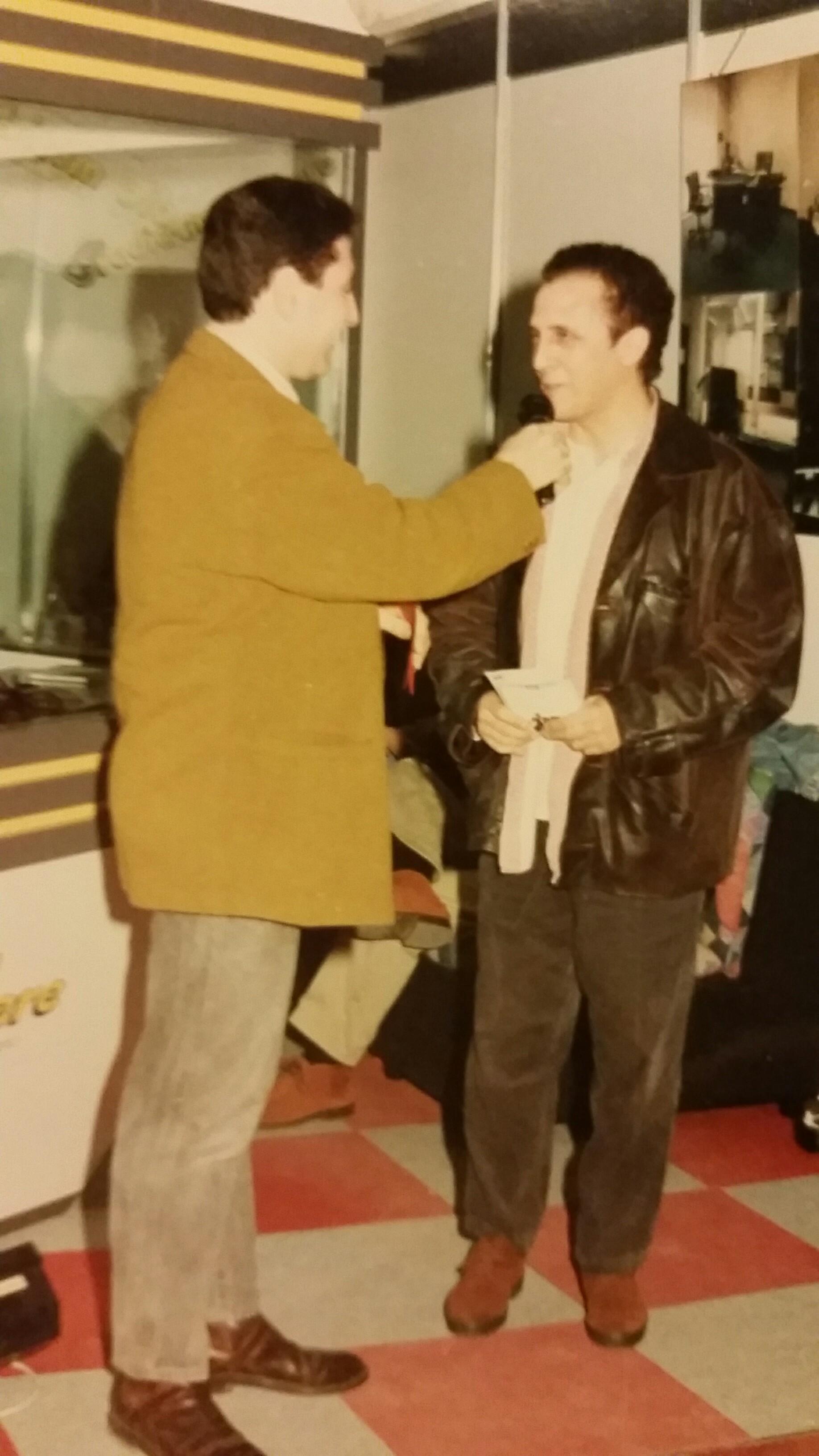 2000- In fiera Marino Mariani con Gianni Bella