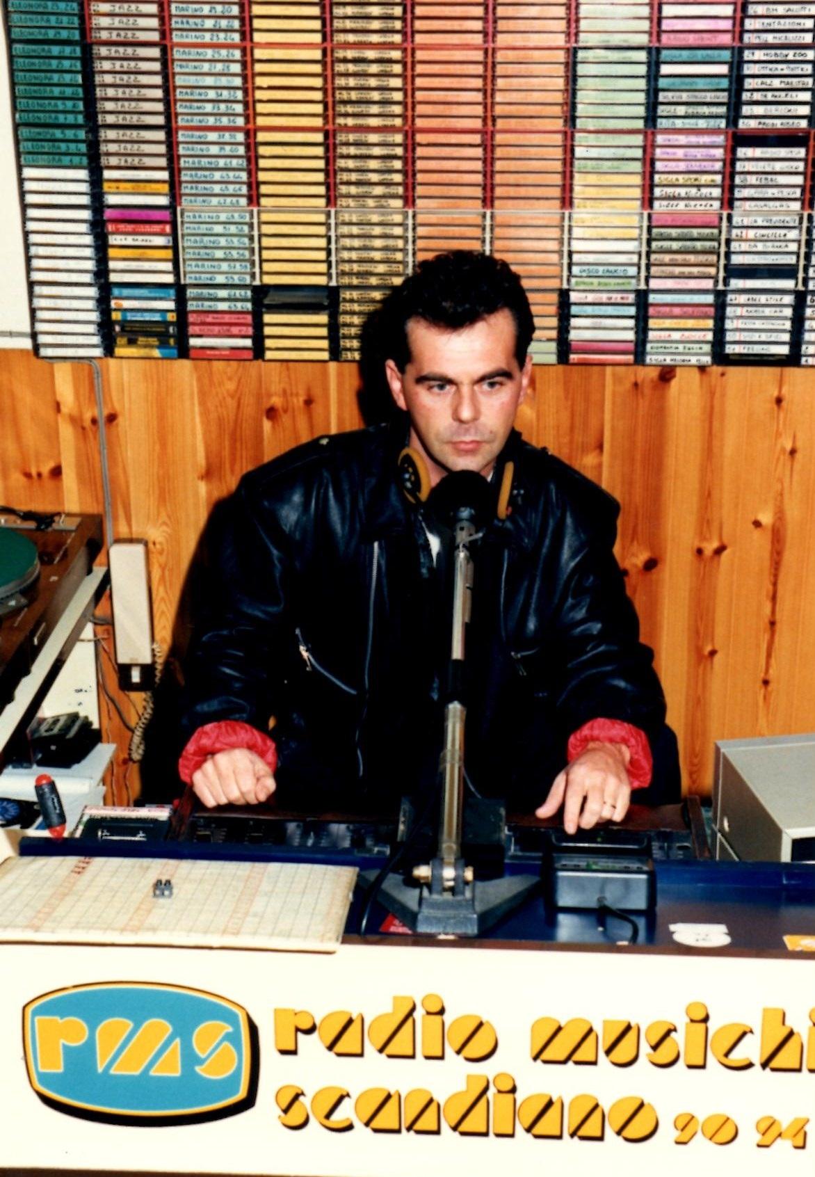 Silvano Lucenti 1988- Studi via Pradarena