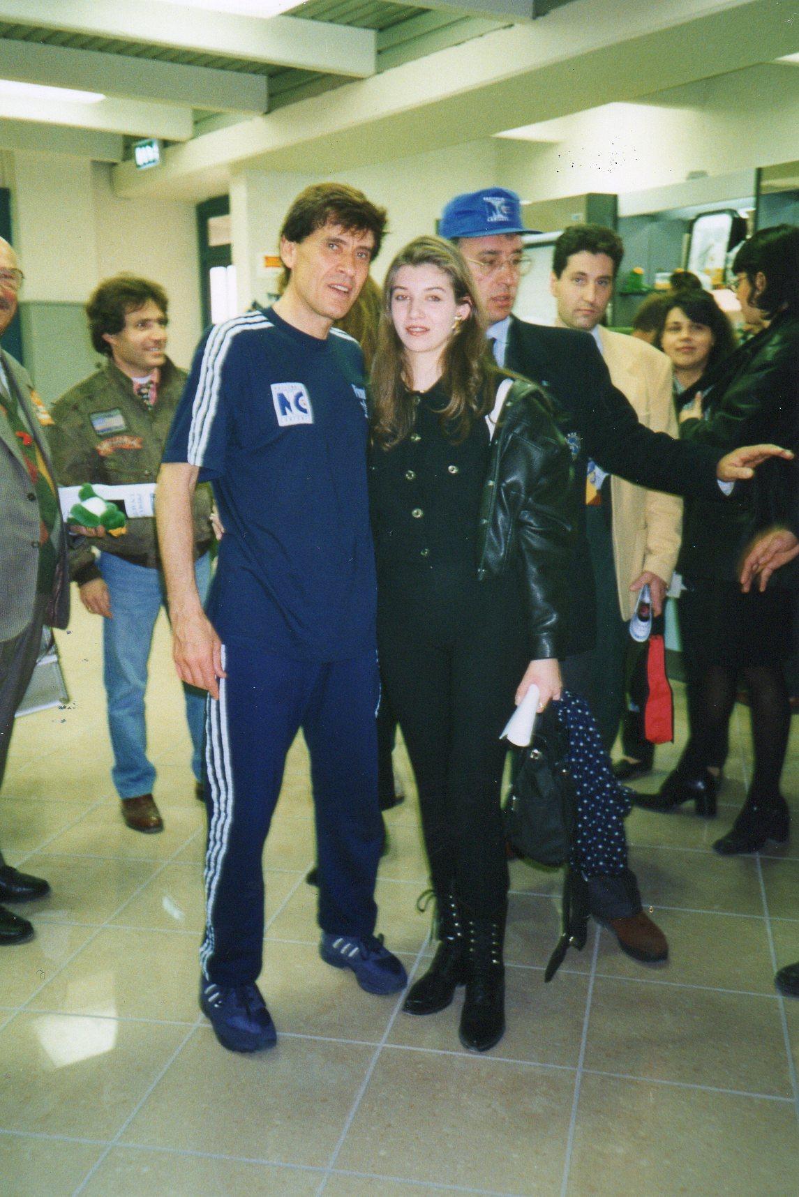 Paola Pellesi con Gianni Morandi Nazionale cantanti